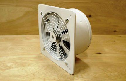 Izplūdes ventilators