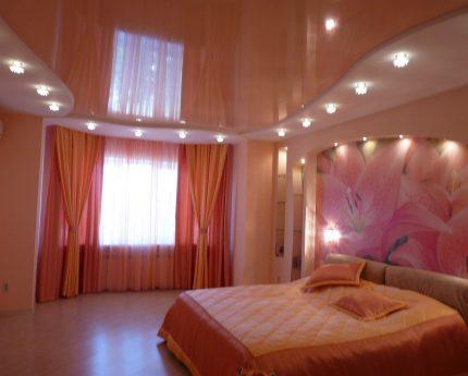 Plafond tendu dans la chambre