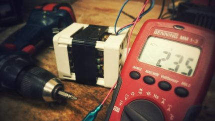 Check with an analog multimeter