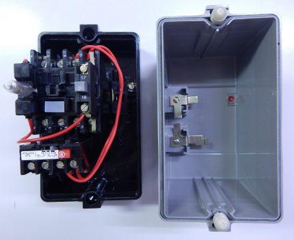 Starteris savienots ar termisko releju