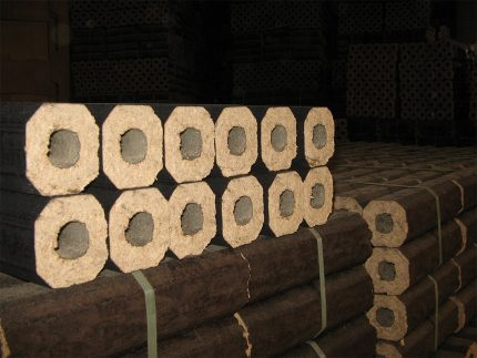 Pressed briquettes for heating