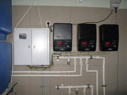 Three phase wall stabilizer