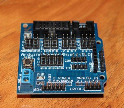 """Jutiklio skydas skirtas """"Arduino"""" lentai"""