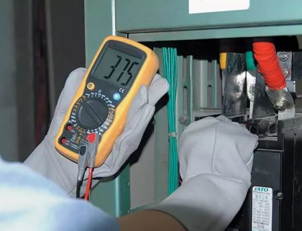 Professional multimeter with recording function
