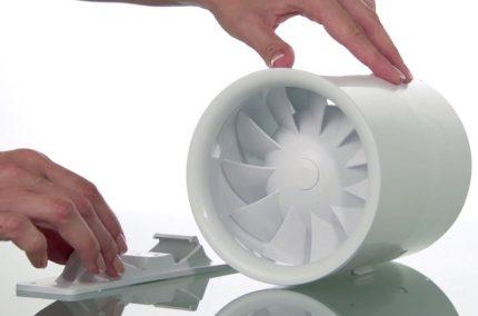 Plastmasas ventilatora korpuss