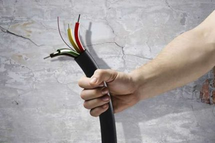 Cache câble