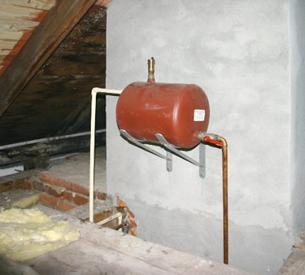Placement of expansion tanks