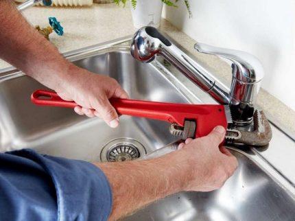 Mauvais robinet de cuisine
