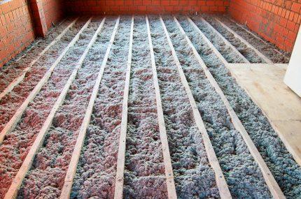 Ecowool floor insulation