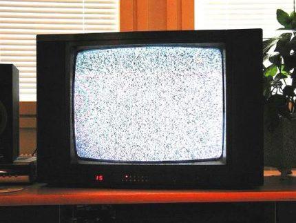 TV screen noise