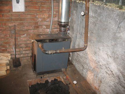 Metal water heating stove
