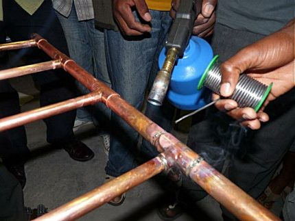 Soldering copper pipes into a single network