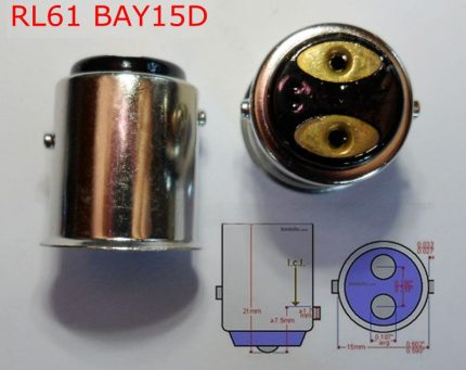 Lamp with socket B15d