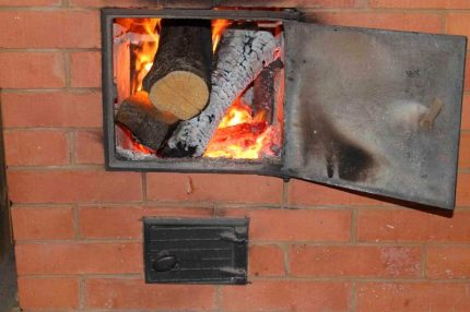 Kindling of a Russian stove