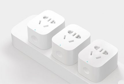 Wi-Fi power outlet