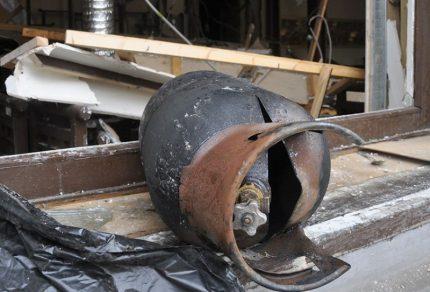 Gas cylinder explosion
