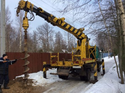 Rotary Auger Drilling