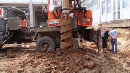 Clay auger drilling
