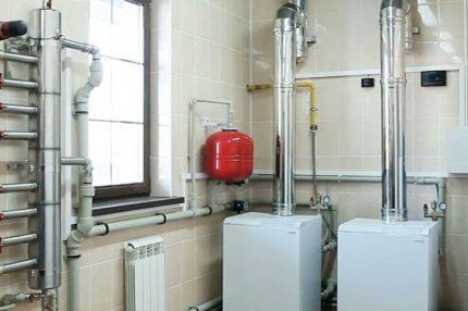 Ventilation pour une chaudière à gaz dans une maison privée: règles d'aménagement
