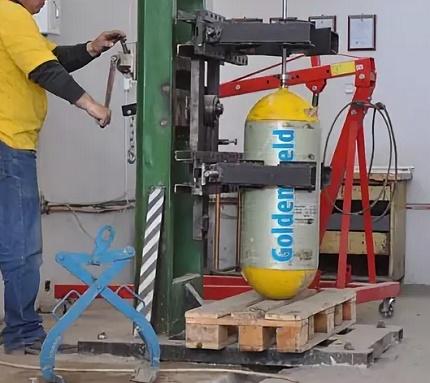 Test hydraulique d'une bouteille de gaz