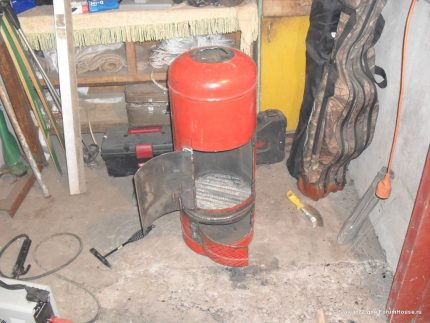 Potbelly stove from a cylinder