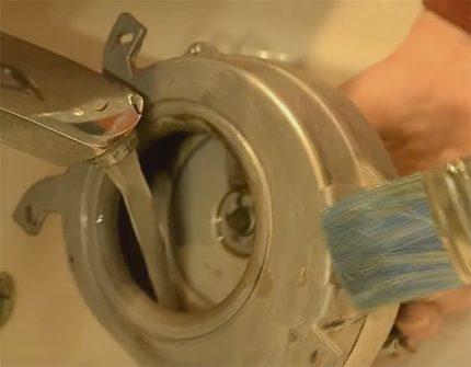 Nettoyage de la cochlée et des pales du ventilateur à gaz