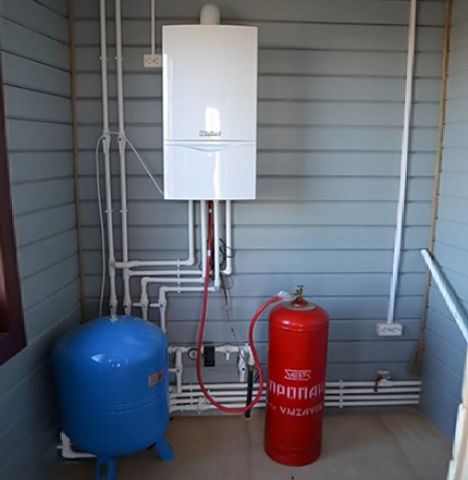 Connexion à la bouteille de gaz de la chaudière murale