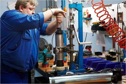 The master repairs the pump