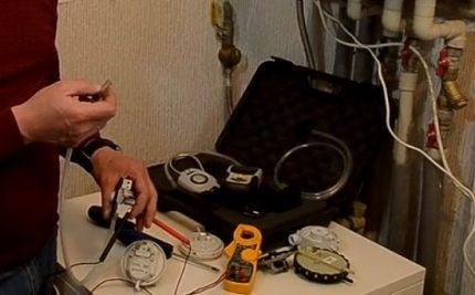 Vérification du pressostat de la chaudière à gaz