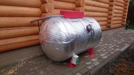 Ground gas tank insulation