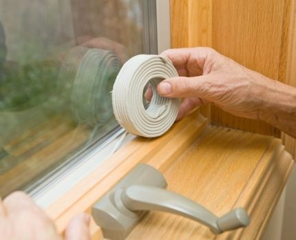 Sealing window slots