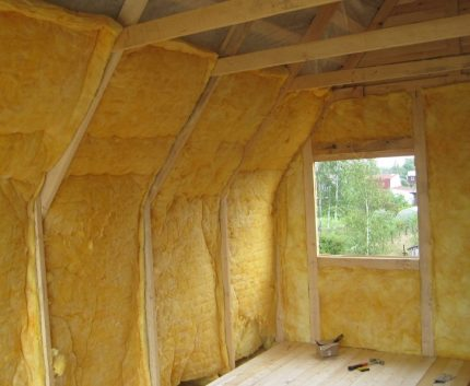 Warming a private house with mineral wool