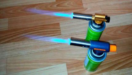 Piezo ignition gas burners