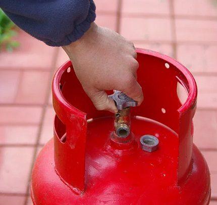 Comment drainer le condensat d'une bouteille de gaz domestique