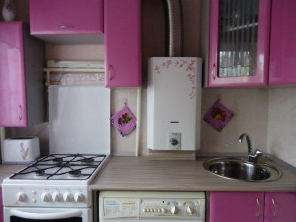 Un exemple d'un intérieur harmonieux dans la cuisine