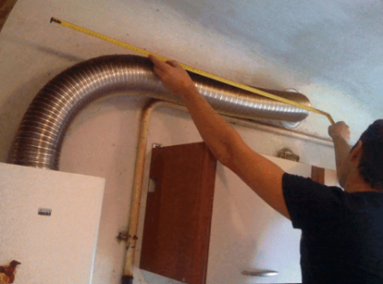 Exhaust pipe for water heater