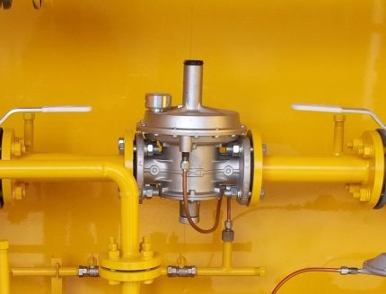 Control unit with relief valve