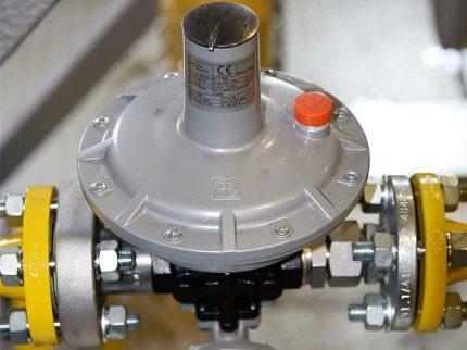 Gas vent valve