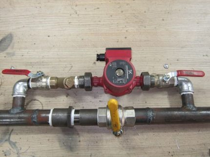 Bypass with circulation pump