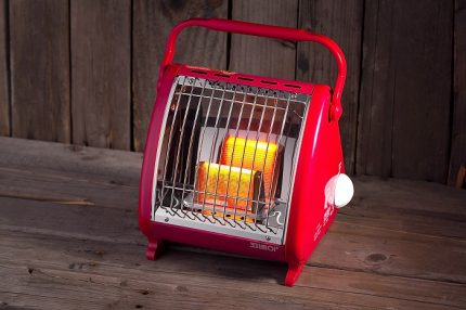 Compact room heater