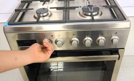 Turn off the gas stove