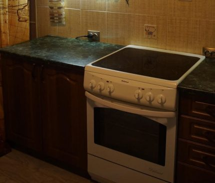 Electric stove in the interior of the kitchen