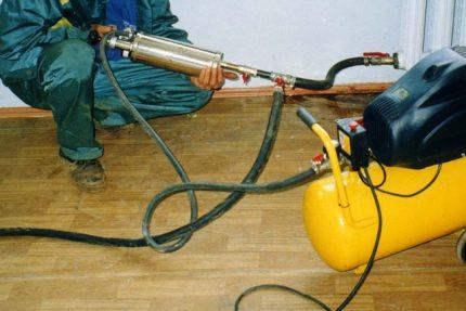 Hydropneumatic heating flushing