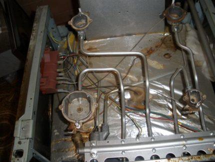 Cuisinière à gaz avec allumage automatique