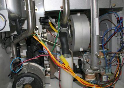Ventilateur de chaudière à gaz Navien