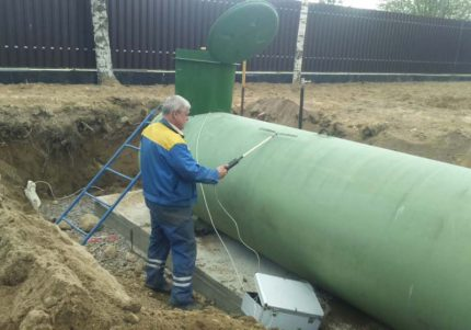 Installation of gas tank on site