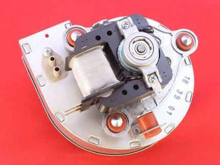 Gas boiler fan