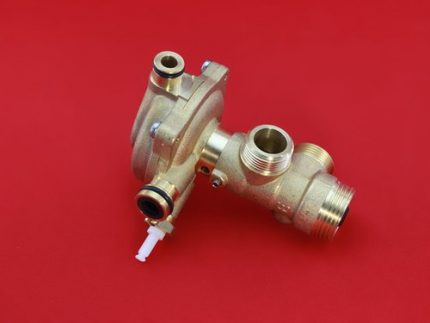 Three way gas valve