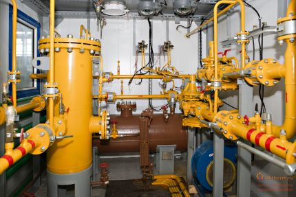 Gas system of a production facility