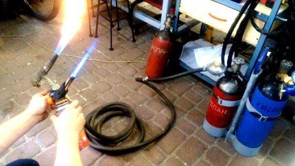 Gas burner in operation